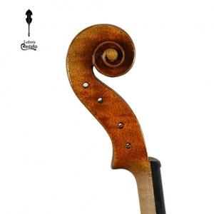 Voluta. Modelo Stradivari 1728
